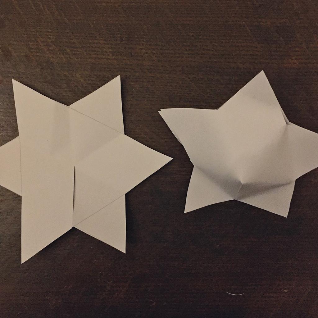 Versteck für Schatzsuchen-Hinweise: Sterne zusammenkleben