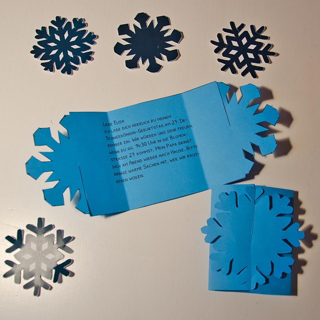 Schneeflocken-Einladung Schritt 2