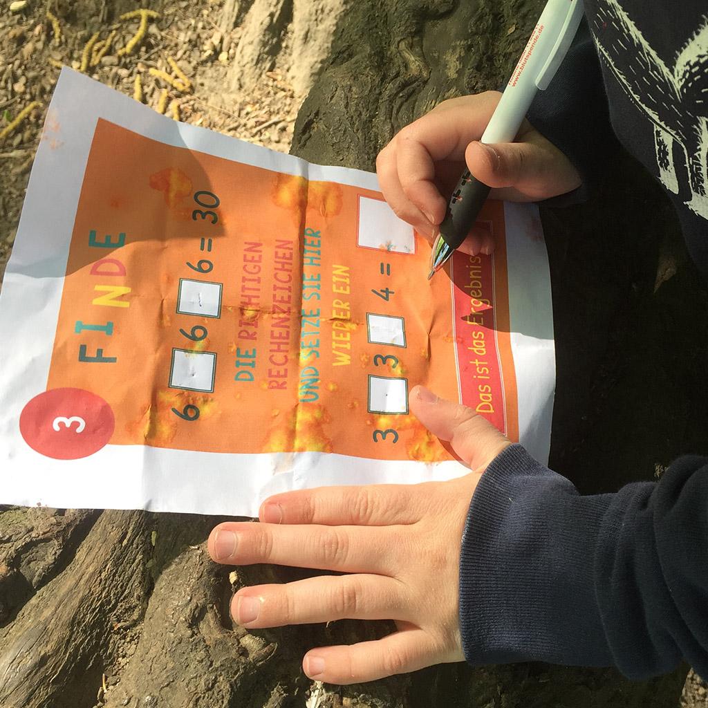 Mini-Bildungs-Schatzsuche Mathe 3: Aufgaben lösen