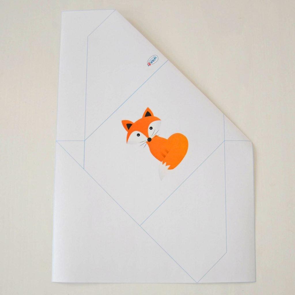 Einfache Briefumschläge basteln: Kontrolle nach Schritt 1