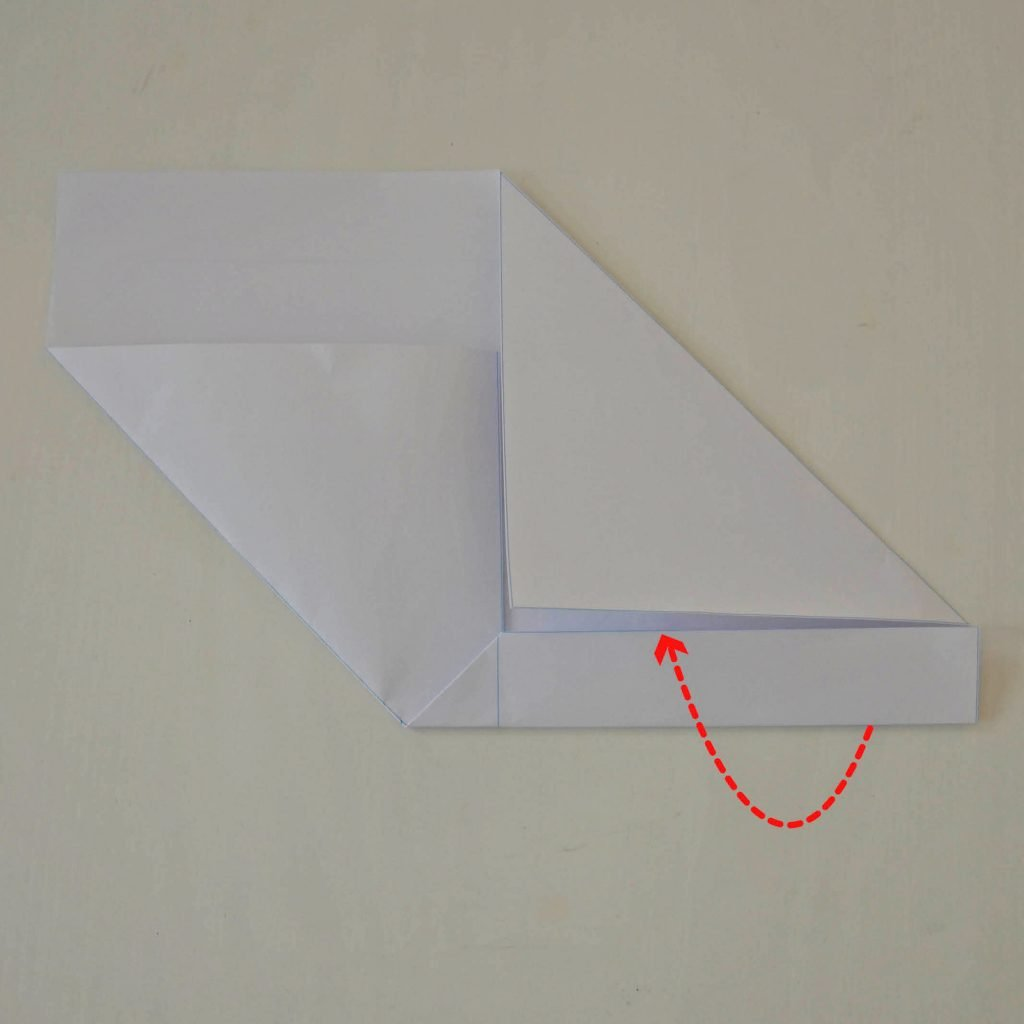 Einfache Briefumschläge basteln: Schritt 3