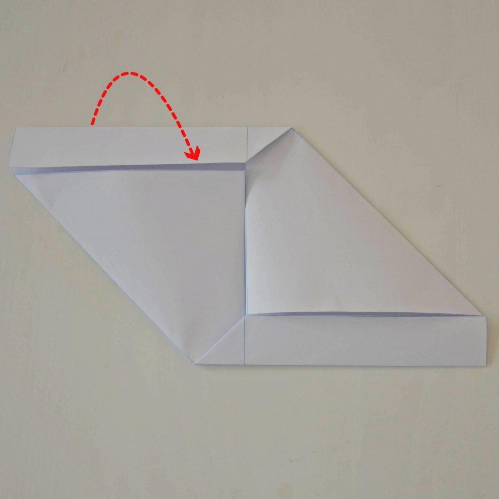 Einfache Briefumschläge basteln: Schritt 4