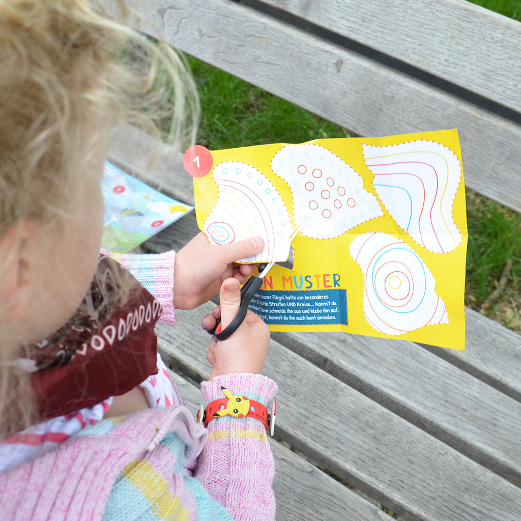Schatzsuche für 5-jährige Kinder: Flügel ausschneiden