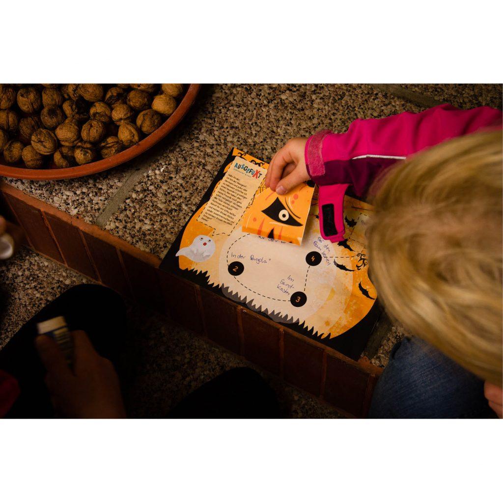 Mini-Halloween-Schatzsuche spielen