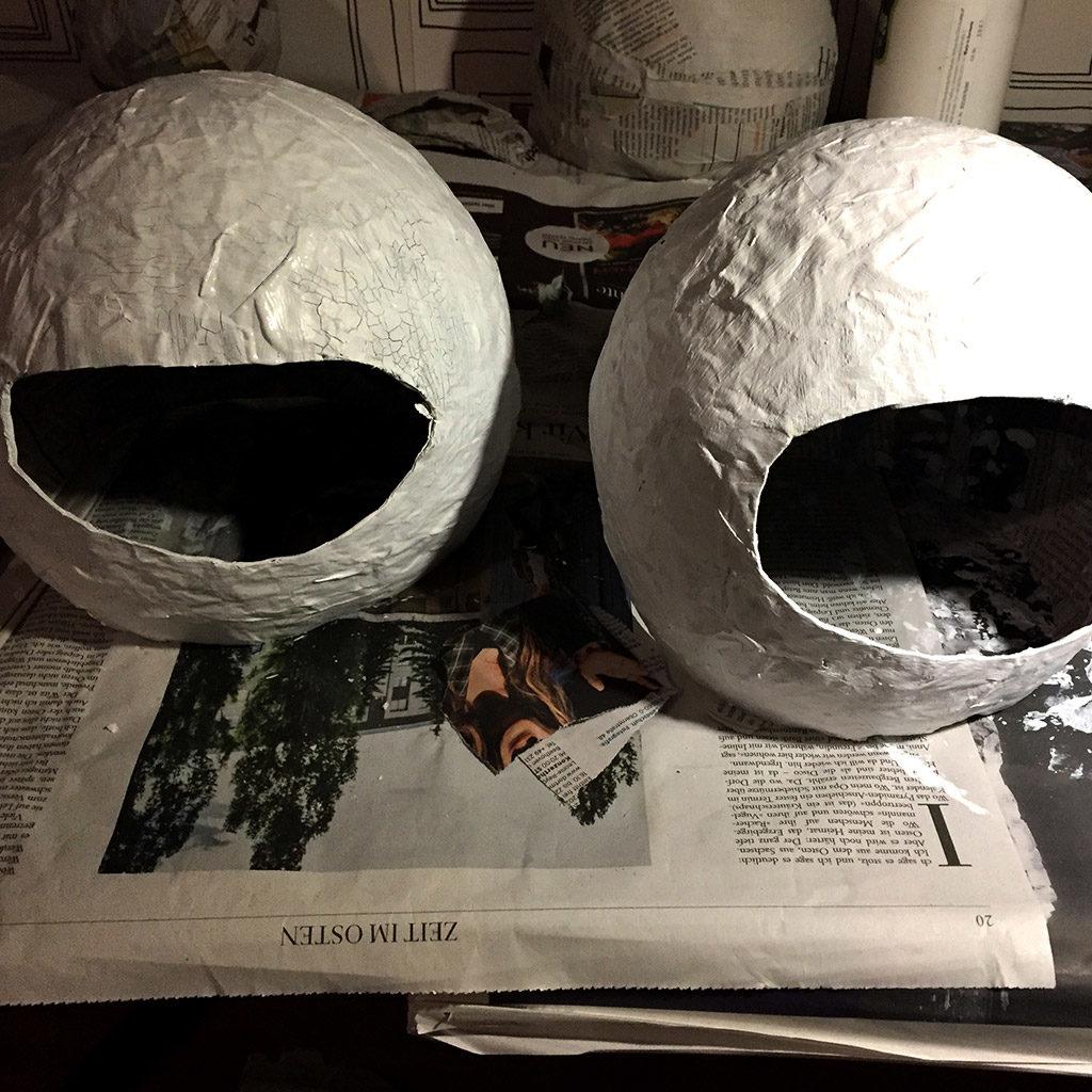 Astronautenhelme bemalen