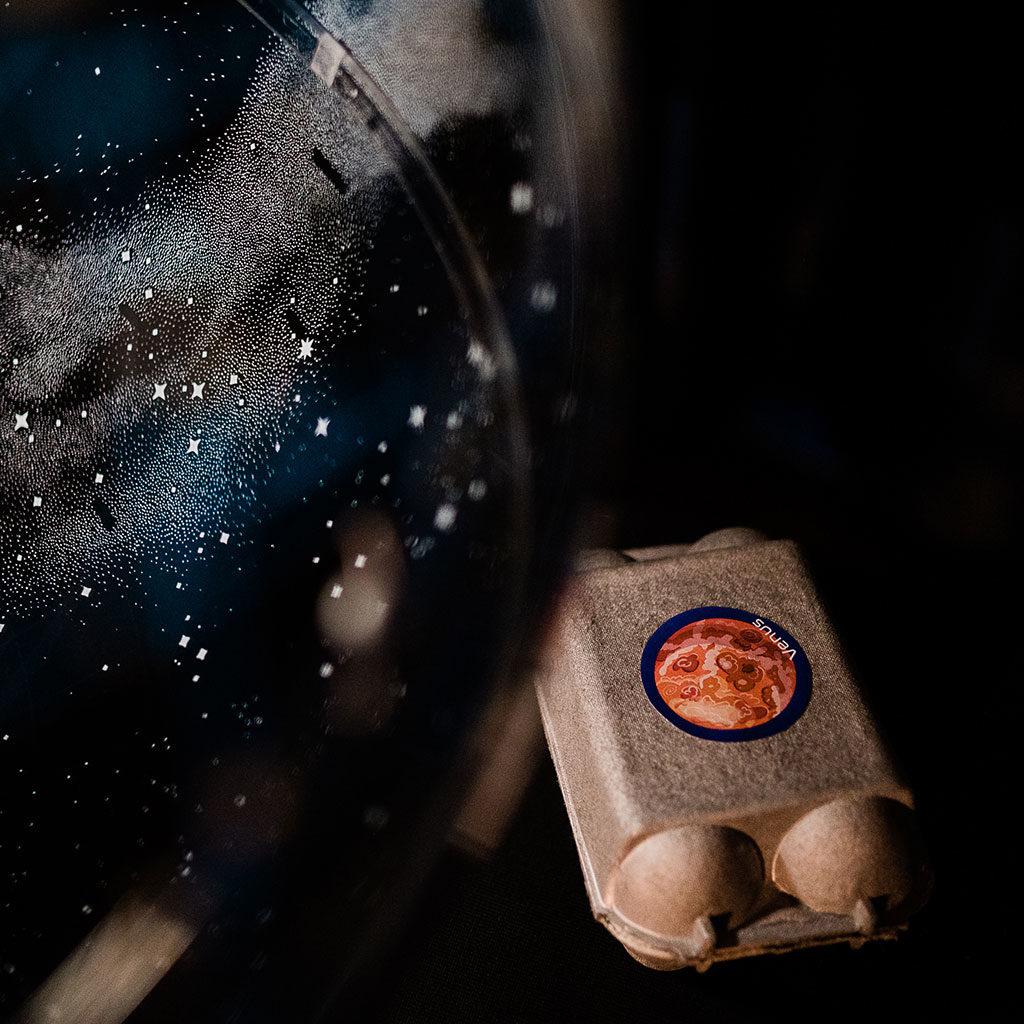 Schatzsuche zum Thema Weltraum: Die Rätsel verstecken