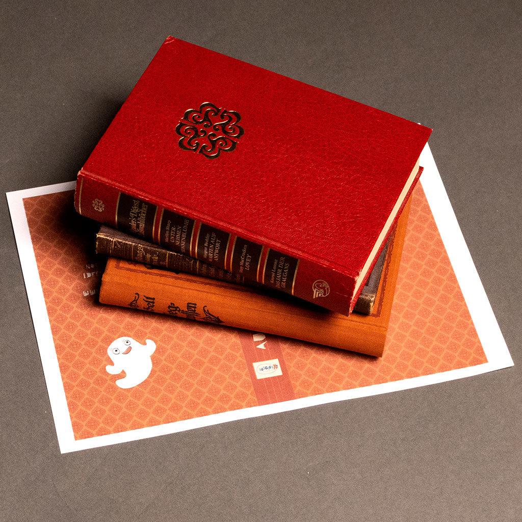 Das Schatzsuchen-Versteck für das Bücherregal vorbereiten