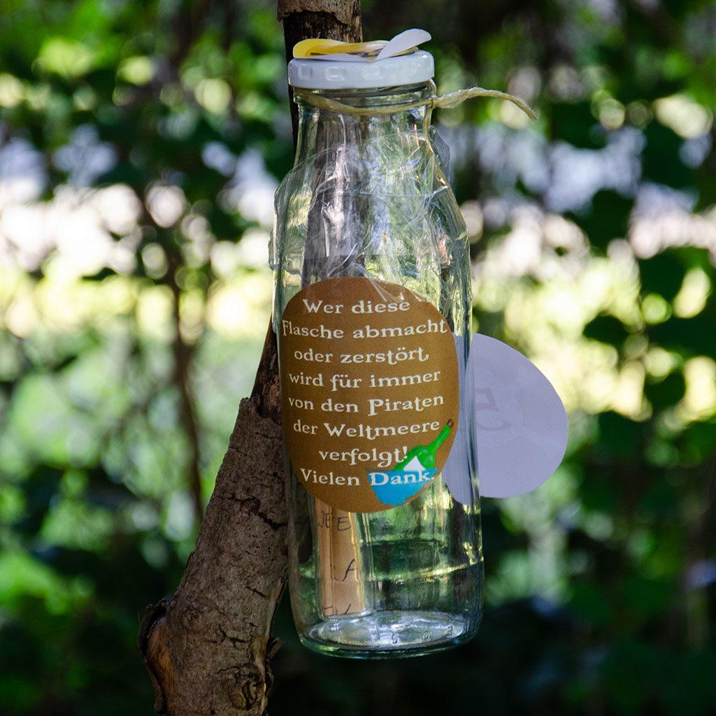Das Flaschenrätsel als Schatzsuchen-Hinweis für die Piraten-Schatzsuche