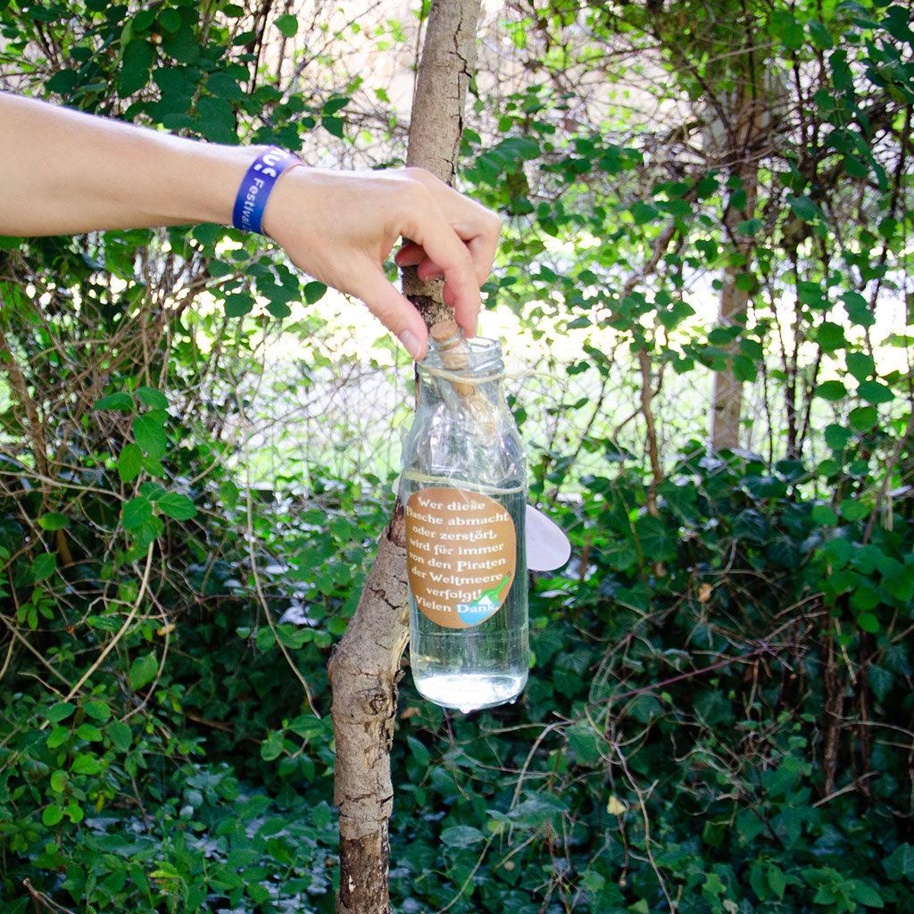 Das Flaschenrätsel: Der schwimmende Schatzsuchen-Hinweis