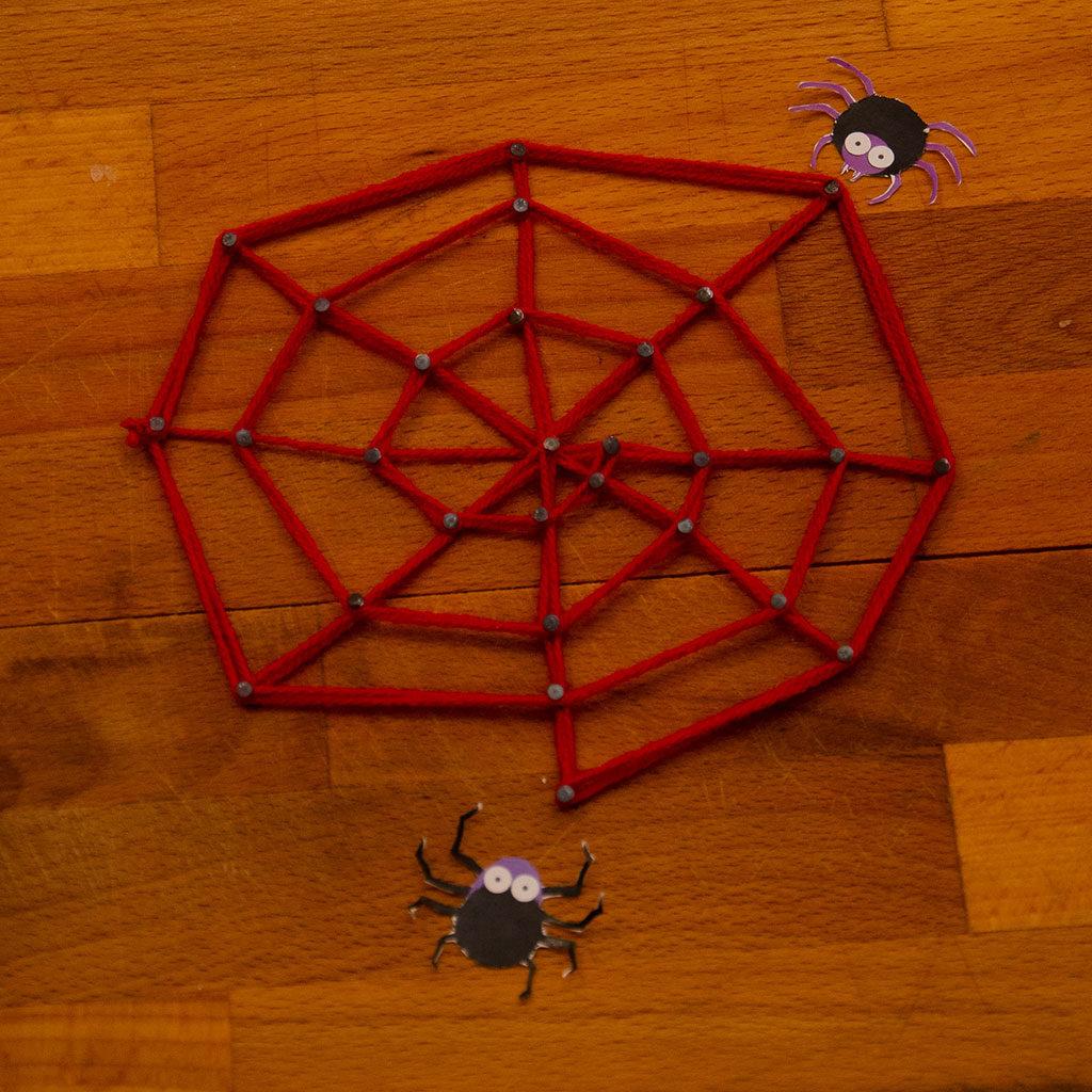 Spinnennetz basteln: Variante 2