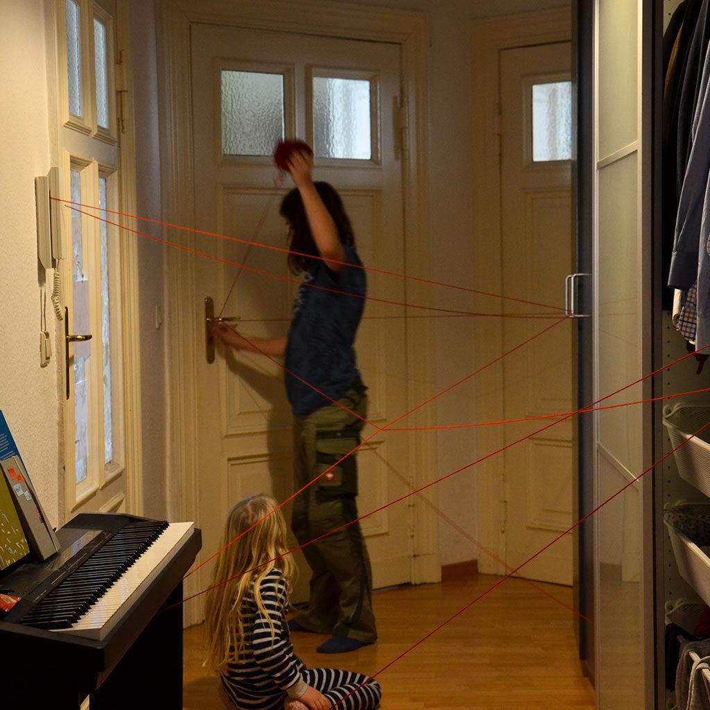 Die Vorbereitung des Spinnennetz-Spiels