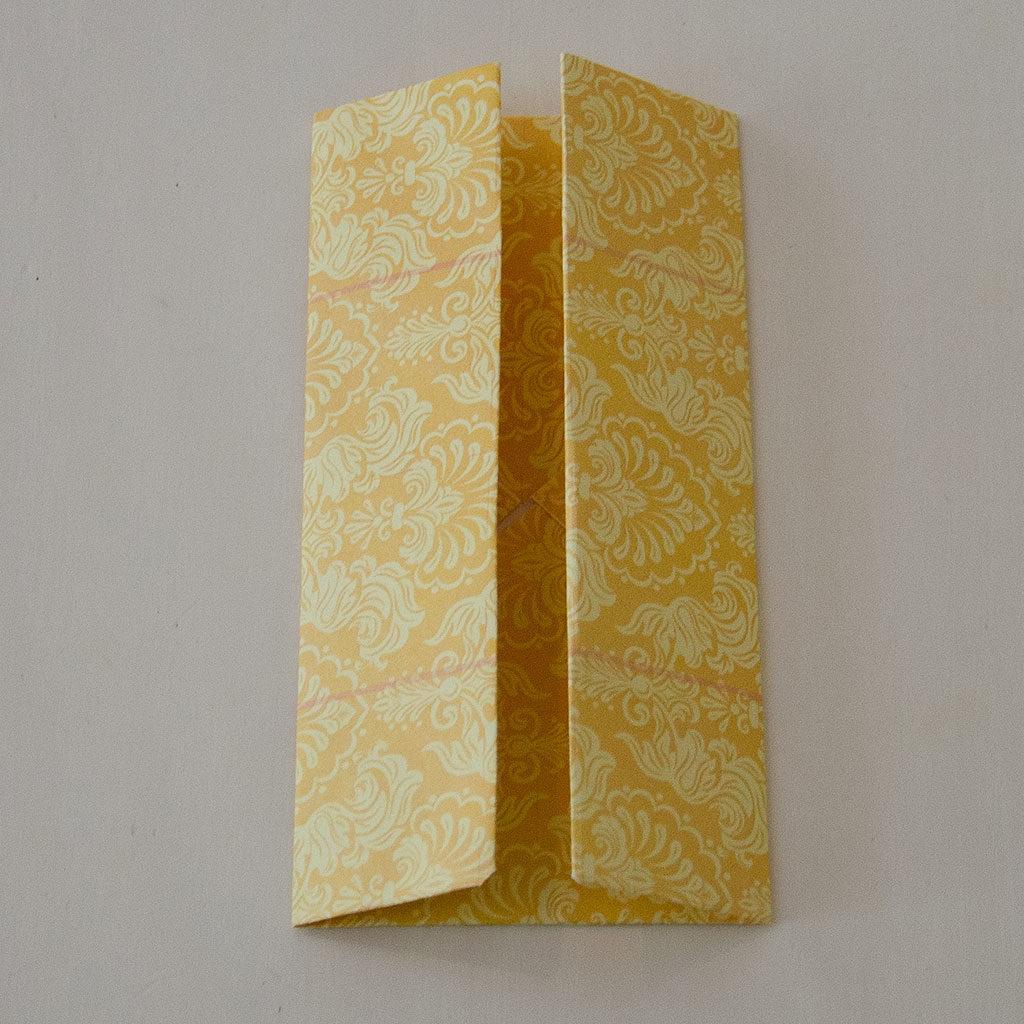 Papierschachtel falten: Der 2. Schritt