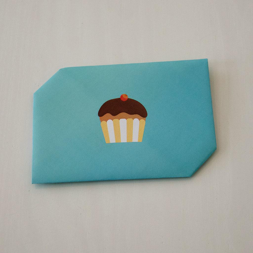 Briefumschlag falten: Muffin-Motiv