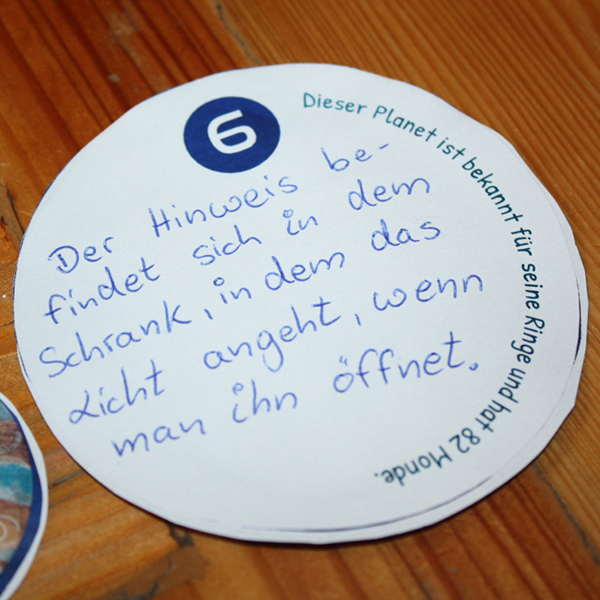 Weltall-Schatzsuche gespielt von der Dresdenmutti