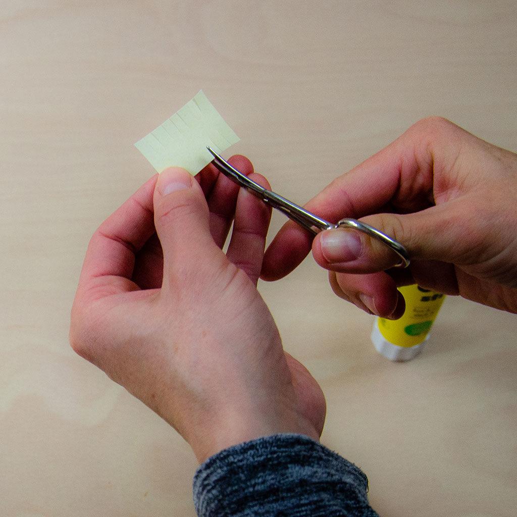 Fingerpuppen basten: Die Mähne vorbereiten