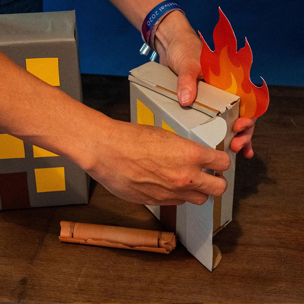 Feuerwehr-Partydeko: Ein tolles Versteck für Schatzsuchen-Hinweise