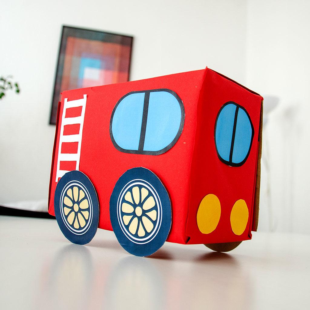 Feuerwehr-Auto basteln: Beispiel für Variante 2